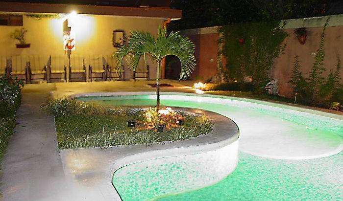 Best rates for youth hostel rooms and beds in Alajuela