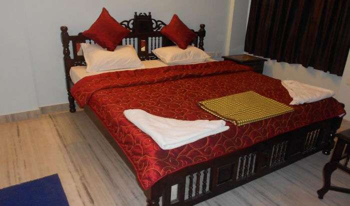 safest places to visit and safe hostels in Jaipur, India