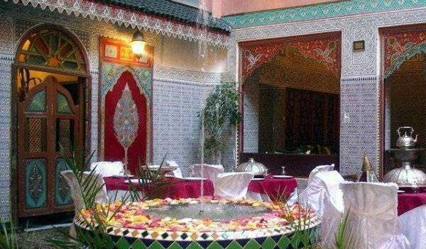 Find cheap rooms and beds to book at hostels in Marrakech