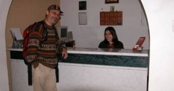 Make cheap reservations at a hostel like Hostal Residencial Victor