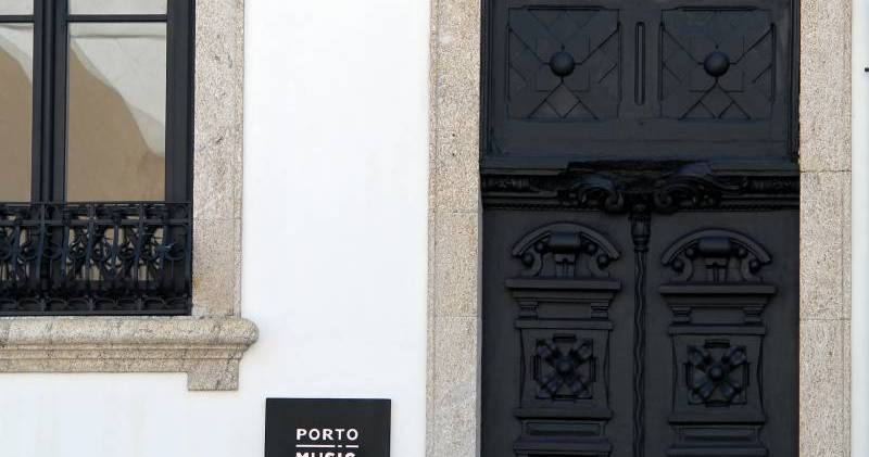 hostel reservations in Porto