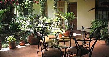 hostel reservations in Escazu